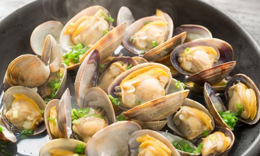 Almejas a Bulhão Pato, un plato portugués con sabor a mar