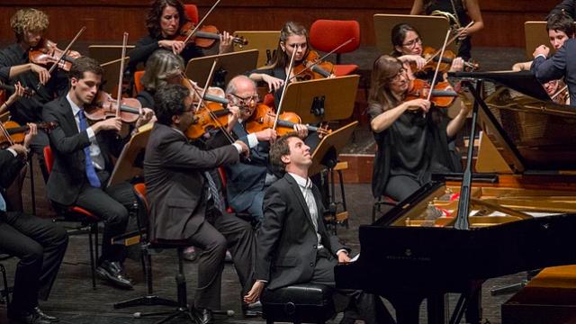 Actuação do pianista António Mont´Alverne  em Madrid