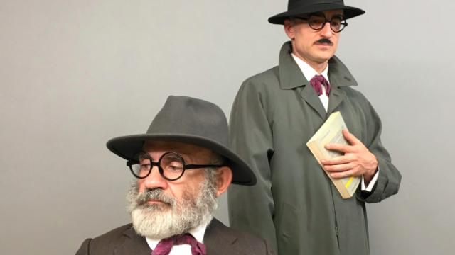 El espectáculo Enigma Pessoa llega al Teatro de la Abadía