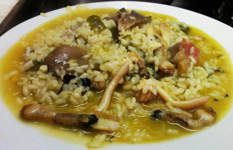 Arroz de Lingueirão, um prato do Algarve à mesa